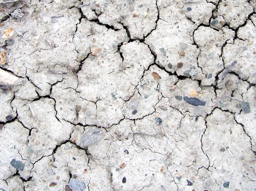 dry-dirt-1536391